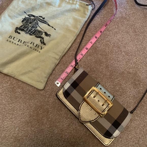 Burberry Handbags - Burberry buckle crossbody